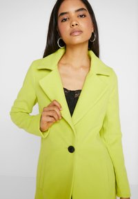 Missguided Tall - SINGLE BUTTON FRONT COAT - Abrigo - neon lime - 4