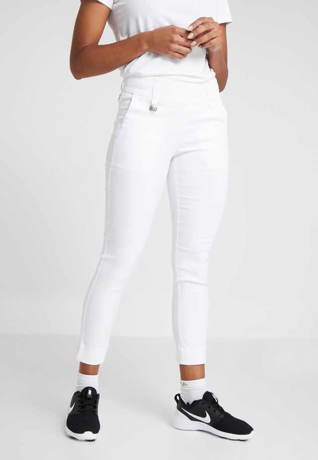 MAGIC HIGH WATER - Pantaloni - white