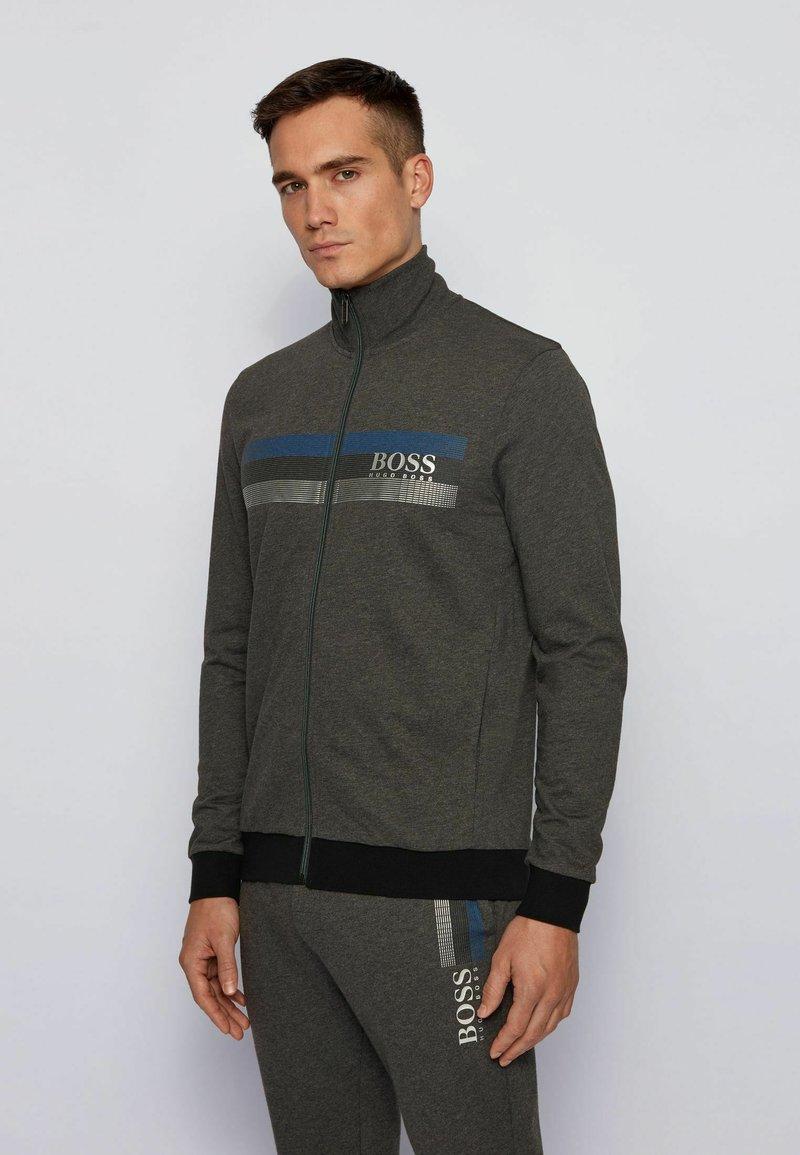 BOSS - AUTHENTIC - veste en sweat zippée - dark grey
