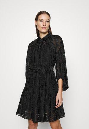 HARLIE DRESS - Košilové šaty - black