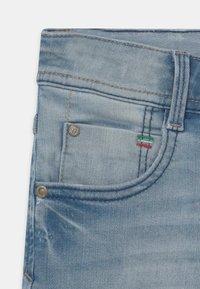 Vingino - CHARLIE - Denim shorts - light blue denim - 3
