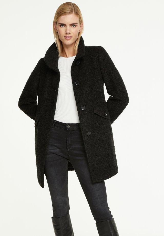 MIT RIEGEL-DETAILS - Short coat - black