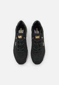 MICHAEL Michael Kors - MONIQUE TRAINER - Trainers - black - 4