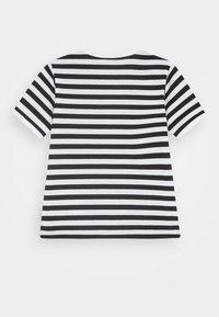 Marimekko - LEUTO TASARAITA - T-shirt imprimé - black/white - 1