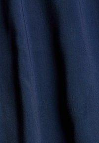 Esprit - BLUSE MIT ELASTIKSAUM, LENZING™ ECOVERO™ - Blouse - navy - 7
