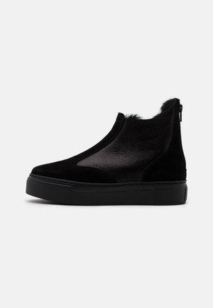 BERN - Støvletter - black