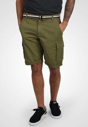 BRIAN - Shorts - martini olive
