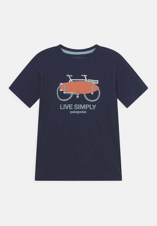 BOYS GRAPHIC UNISEX - T-shirt med print - new navy