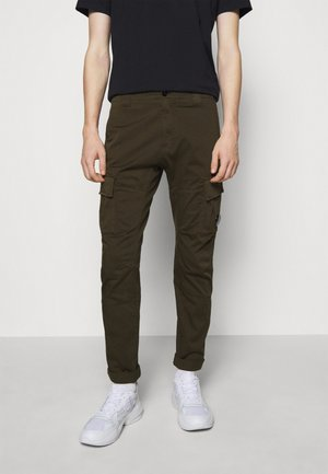 PANTS - Pantaloni cargo - ivy green