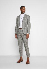 Esprit Collection - CHECK - Oblek - grey - 1