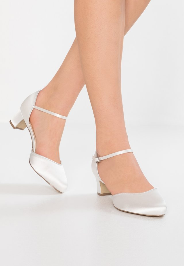 ADMIRE WIDE FIT - Bridal shoes - ivory