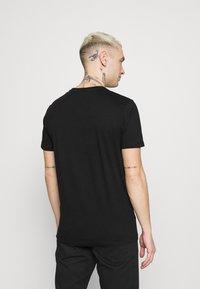 Diesel - DIEGOS UNISEX - Print T-shirt - black - 2