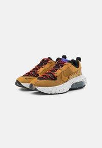 Nike Sportswear - AIR MAX VERONA 2.0 - Trainers - black/wheat/indigo burst/habanero red - 4