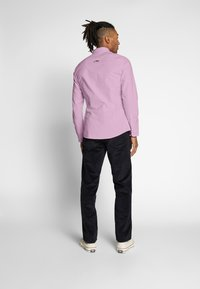 Tommy Jeans - OXFORD SHIRT - Koszula - pearly pink - 2