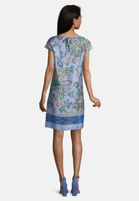 Betty Barclay - MIT BLUMENPRINT - Day dress - blue/rosé - 1