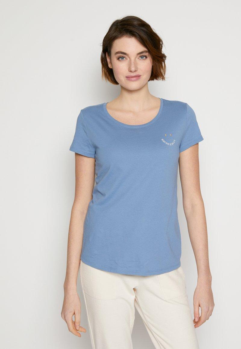 TOM TAILOR DENIM - Print T-shirt - soft mid blue