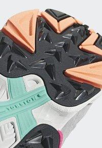 adidas Originals - FALCON - Sneakers laag - black - 8