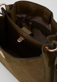 L. CREDI - FIORETTA - Handbag - khaki - 2