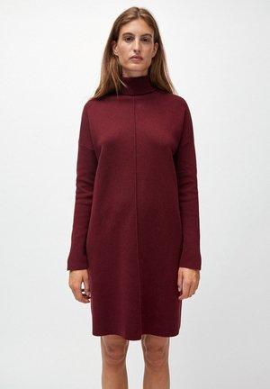 SIENNAA - Jumper dress - bordeaux