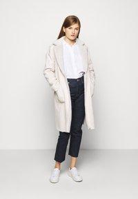 Lauren Ralph Lauren - Classic coat - cream - 0