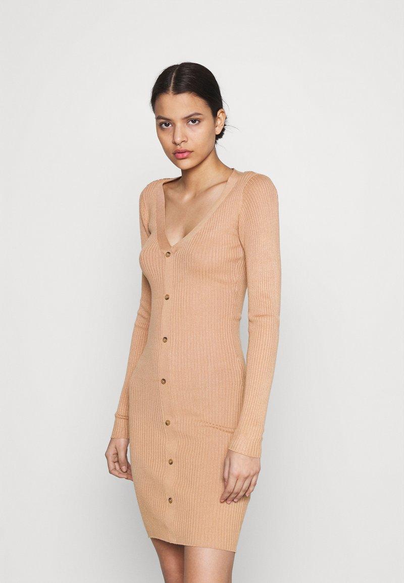 Even&Odd - Pouzdrové šaty - rose