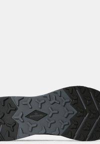 The North Face - ESCAPE - Hikingskor - mottled black - 4