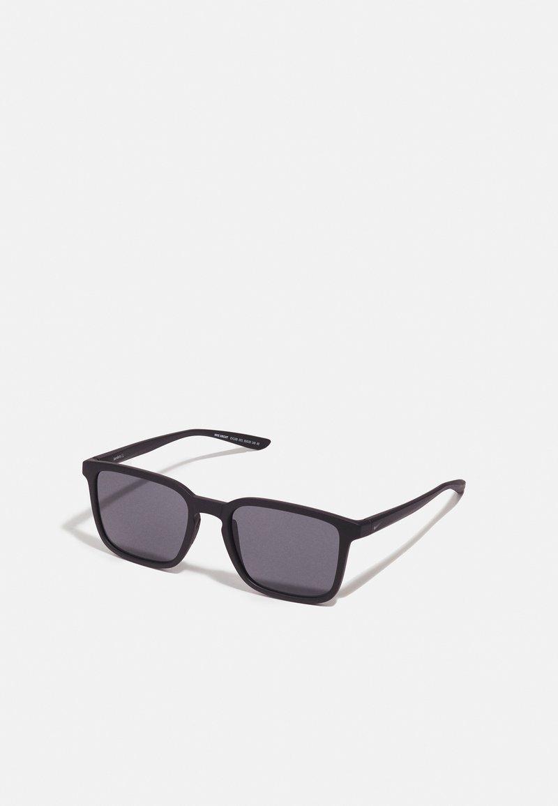 Nike Sportswear - CIRCUIT UNISEX - Sunglasses - matte black/dark grey