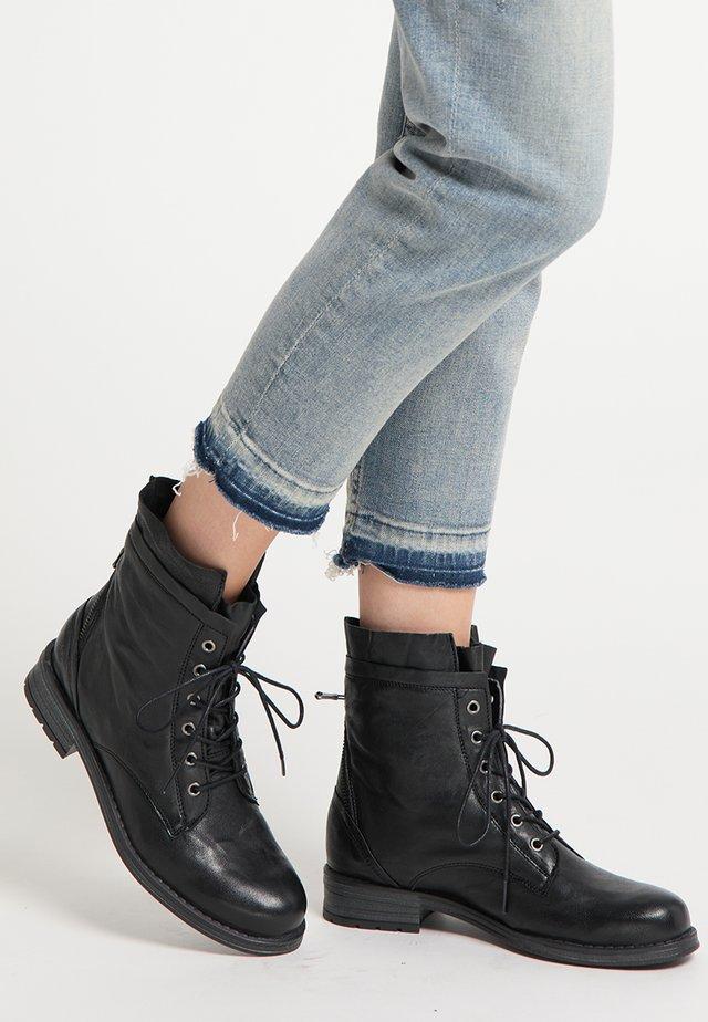 Botines con cordones - schwarz