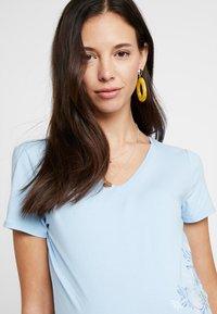Esprit Maternity - T-shirt print - pastel blue - 3