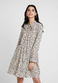 Vero Moda - VMAFIA BOW DRESS - Day dress - pistachio shell - 0