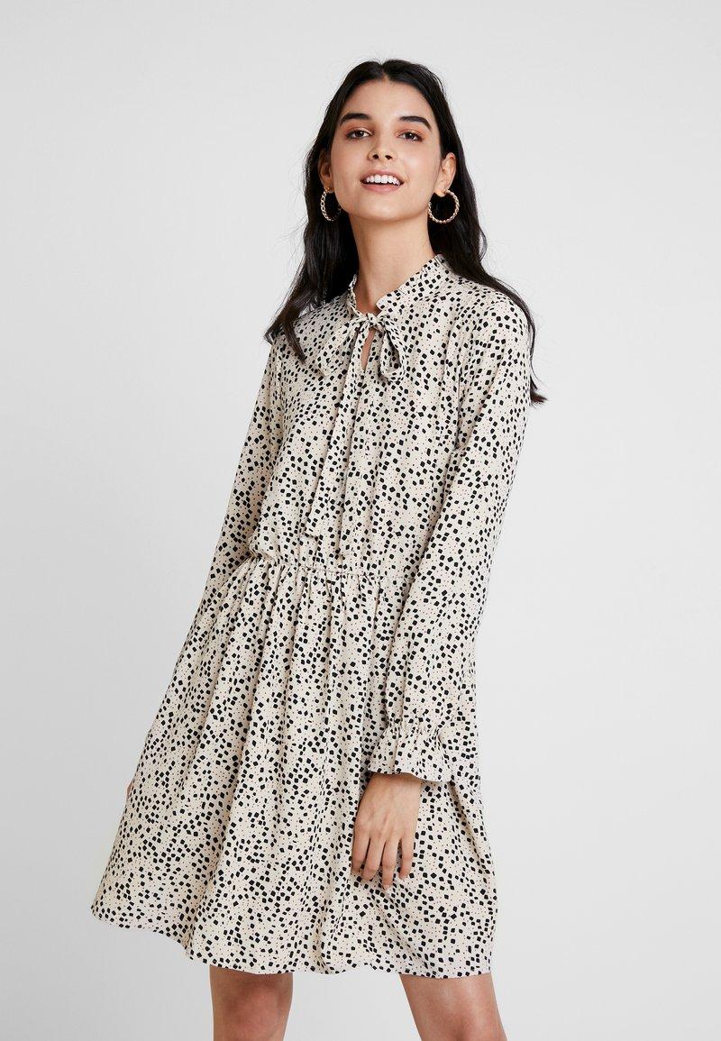 Vero Moda - VMAFIA BOW DRESS - Day dress - pistachio shell