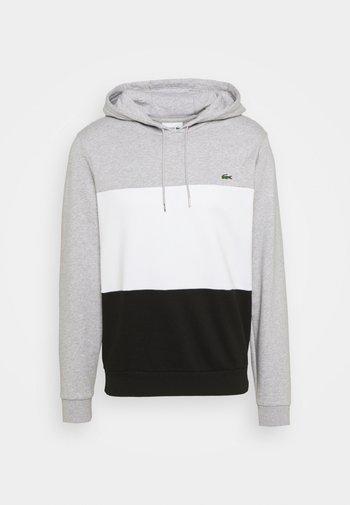 Felpa - silver chine/white/black