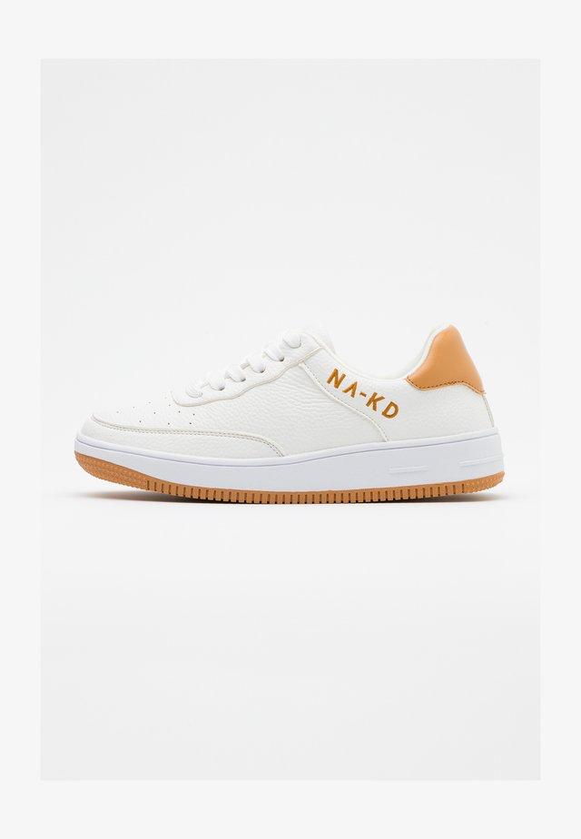LOGO - Sneakersy niskie - white