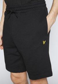 Lyle & Scott - Shorts - black - 5