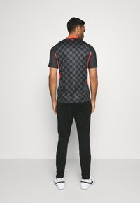 Nike Performance - LIVERPOOL FC DRY  - Club wear - black/wolf grey/laser crimson - 2