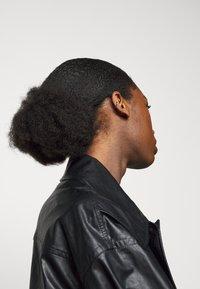Maria Black - TWIN MINI EARCUFF - Earrings - silver-coloured - 2