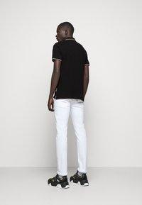 Versace Jeans Couture - ADRIANO LOGO - Polo - nero - 2