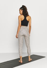 Cotton On Body - LIFESTYLE POCKET - Leggings - natural/black - 2