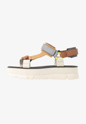 ORUGA - Korkeakorkoiset sandaalit - multicolor