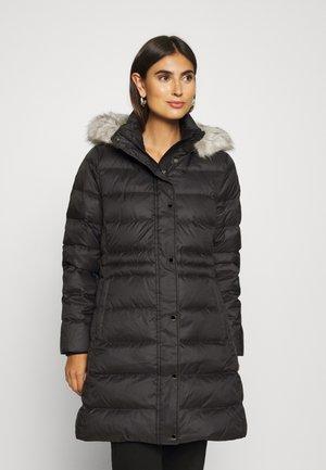 TYRA COAT - Płaszcz puchowy - black