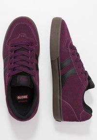 Globe - ENCORE-2 - Skate shoes - plum/choc - 1
