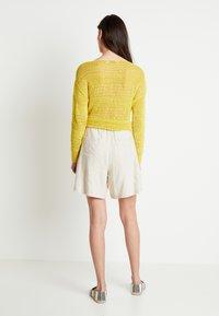 Lounge Nine - LAUREN - Shorts - beige - 2