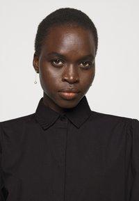 Bruuns Bazaar - FREYIE ALISE SHIRTDRESS - Shirt dress - black - 5