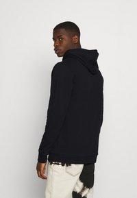 adidas Originals - TREFOIL HOODY ORIGINALS ADICOLOR SWEATSHIRT HOODIE - Luvtröja - black/white - 2