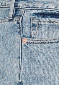 Free People - LOVING GOOD VIBRATIONS - Denim shorts - light denim - 2