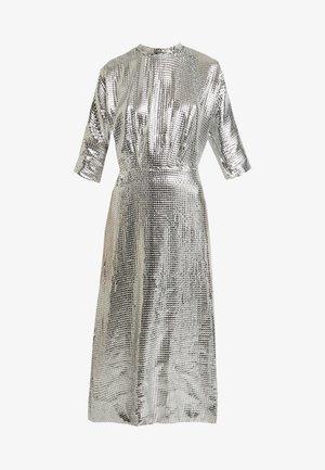 KIMONO SLEEVE DRESS - Vestido de cóctel - silver