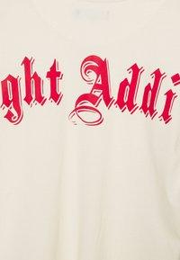 Night Addict - CROSS UNISEX - T-shirt med print - cream - 2