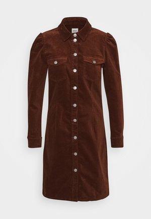 ONLKAILA ALISA LIFE DRESS - Košilové šaty - tortoise shell