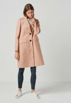 REVERE COLLAR  - Winter coat - pink