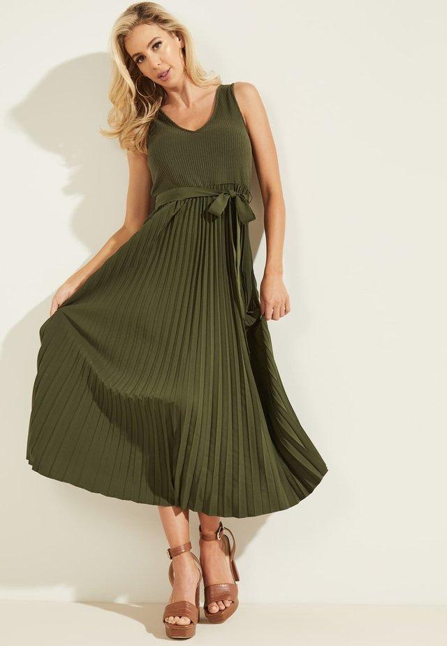 Sukienka letnia - dunkelgrün